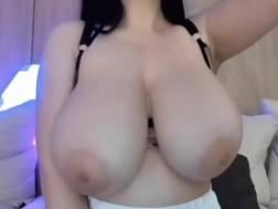nice big titties webcam